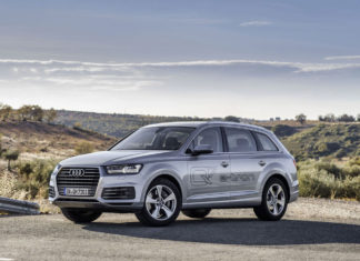 Audi Q7 plug-in
