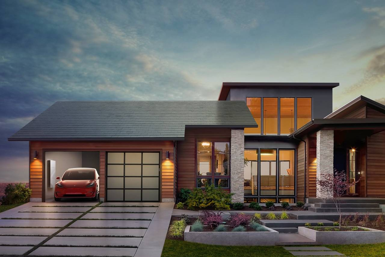 La casa di tesla tetto solare con sistema di accumulo e for Costruttore di casa gratuito