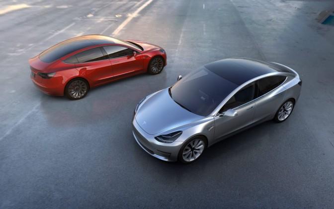 tetto panoramico Tesla Model3
