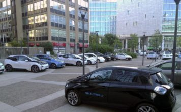 Milano vantaggi auto elettrica