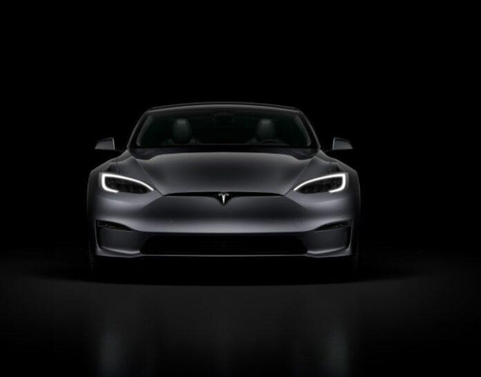 Tesla Model S Plaid prestazioni